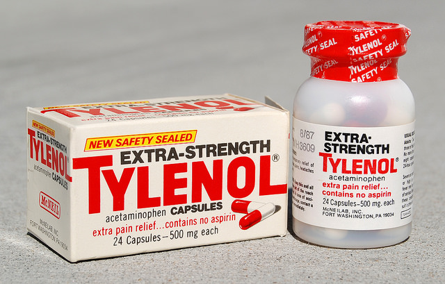 johnson johnson tylenol crisis Johnson & johnson's mcneil division has recalled yet another lot of tylenol, and added 10 lots to its previous jan 14 wholesale-level recall of various tylenol, benadryl, sudafed, sinutab, and rolaids products.